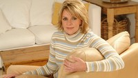 milf photo wallpapers milf amanda tapping sweater celebrity wallpaper