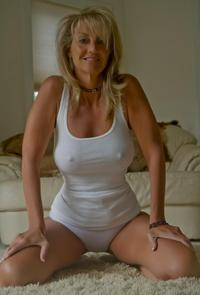 milf pics at perfect curvy milf tight white tank
