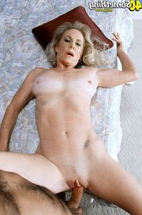milf pics at over milf something plus superb
