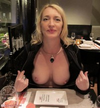 milf pics at pod media milf flash dinner japanese restaurant presentation everything