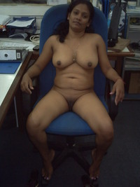 milf pics at amateur porn indian milf gets naked work photo