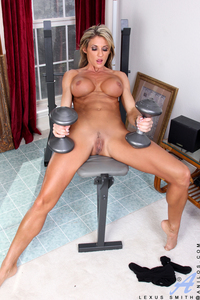 milf pictures galleries lexus smith milf porn busty working out from nick
