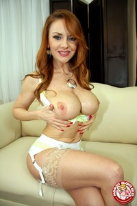 milf porn gallery media original redhead janet mason gives ultimate milf free nude gallery traktorporn