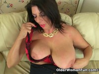 milf porn photo eaaaaepbaaaa original british milf lulu works naturals wet pussy watch