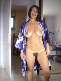 milf pron photos hot milf shows off tanned body want