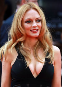 milf s photos assets gallery entertainment interviews heather graham californication interview