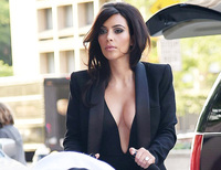 milf sexy photo indiatoday stories kim story kardashian favours sexy milf style