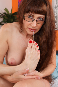milf with pics fetish porn soles milf feet photo
