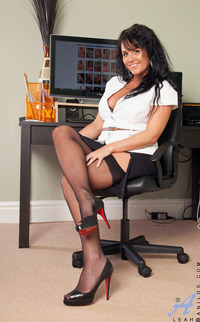 milf woman photo fcf classy business woman leah flaunts sultry milf body office