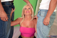 milfs butt pics juliabutt milfs over presents year old julia butt from plus