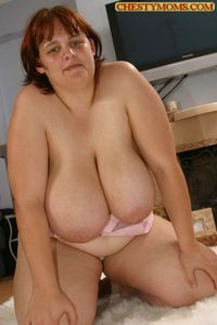 mom big tits having sex ebab gallery mom butt
