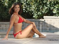 mom bikini pics maria kang bodies excuses mom shares unedited unapologetic bikini photo