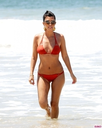 mom bikini kourtney kardashian bikini mom hot mama celebrity moms their bodies photos