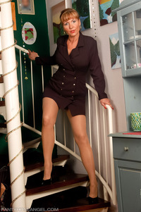 mom pantyhose pic pantyhoseangel ala pantyhose sets hot moms