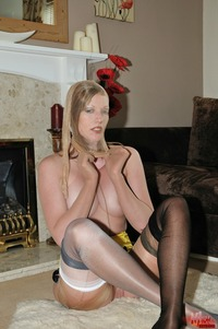 mom pantyhose pic pictures nylon extreme picsd mature layers femdom
