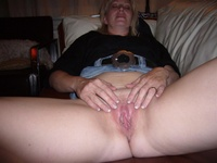 mom puss pic wallpapers mother showing vagina nude picture
