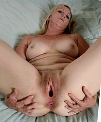 mom pussy photo media pussy spread mom