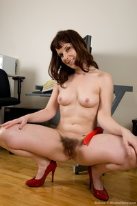 mom pussy photo helena hairy mom