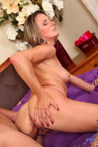 mom pussy pics aniloscom misty law blonde soccer mom pussy slammed especially huge anilos