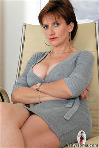 mom pussy pics office beautiful sexy mom lady sonia gallery