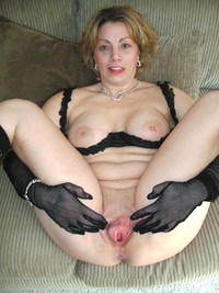 mom spreading porn amateur porn mom milf spreading legs wide open cute fuckingmatures