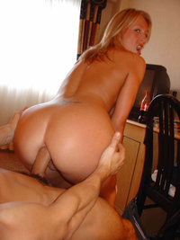 mommy mature porn nude mature blonde soccer mom reveals