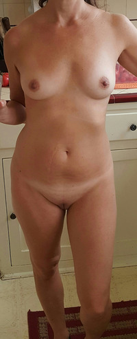 mommy nude pic mommy got out shower posted this nude selfie snapchat