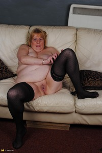 moms milf mature eef bcb acf cool photosets moms like fuck milf mature page