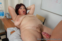 moms porn images chubby doctor sits pisser