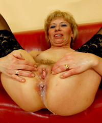moms pussy galleries mature porn milf granny mom wife pussy spread wide pictures