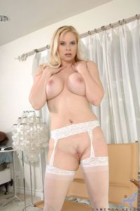 moms sexy photos picpost thmbs sexy blonde mom boobs wearing stockings pics ass pulling down pantyhose