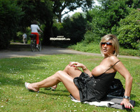 moms tits photos blonde mom flashing tits garden