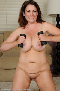 naked milf photos rya entry