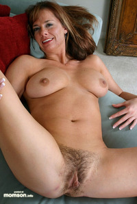 naked mom pic naked mom hairy vagina exposing