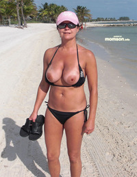 naked mom pictures busty mom topless beach naked mother