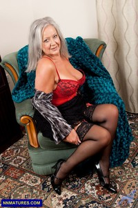 nude granny pics april thomas curvy granny boobs hot sexy lingerie attachment