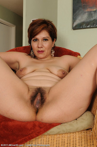 nude milf photos ver hairy milf veronica devil from all over