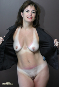 nude mom s nude mother black jacket entry