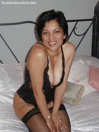 nude wife pics indian wife nude wearing black lingrie showing boobs pussy photos
