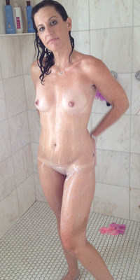 nude wife pics original nude wife showering gotta love