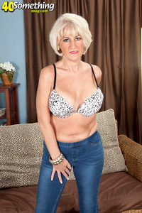 nudist milf pictures milf porn something mag swinger nudist but now star