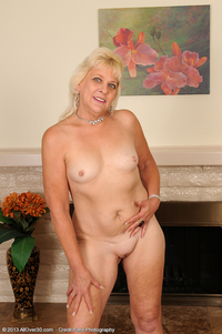nudist milf pictures sin sindy bless heart does believe