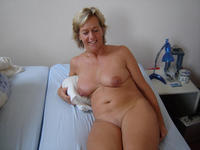 nudist milf pictures amateur porn nudist milf photo