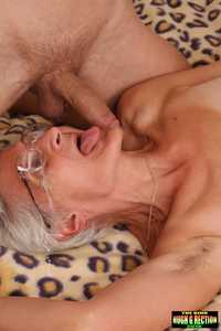old mature sex pics http cams old granny young fucking men