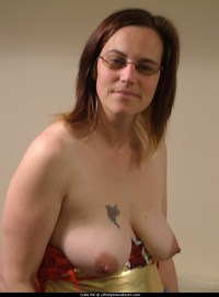 old tits pic hanging tits milf mom mature young amateur areolas