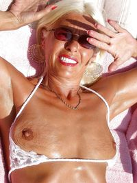 old tits picture tits hangers breasts boobs milf mom mature old grandma granny oma