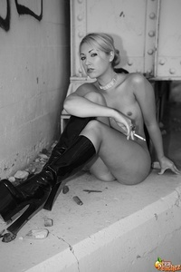older black nude real peachez poses nude vintage black white sexy spread