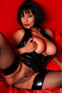 older brunette porn por tits brunette ass stockings high heels european latex mature milf fre