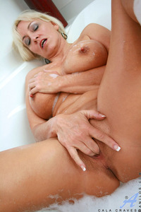 older milf photos iuxdcwrwgan imdb kcdia cala craves gallery