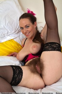 older milf pussy pics swagster